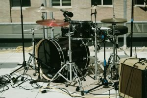 Drums can be a difficulty when trying to pack large and heavy items.