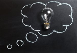 A lightbulb in a thought cloud.