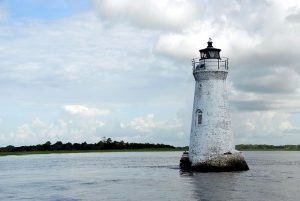 Follow our lighthouse to discover the best neighborhoods in Savannah
