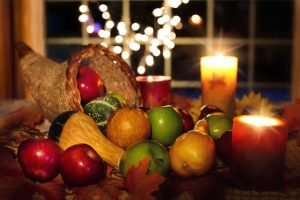 Food on a Thanksgiving table