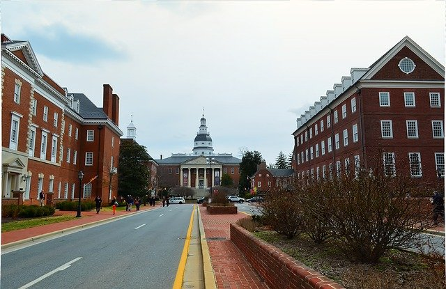 Annapolis city hall.