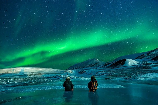 Northern lights - see them after long distance movers Alaska take you to your new home.