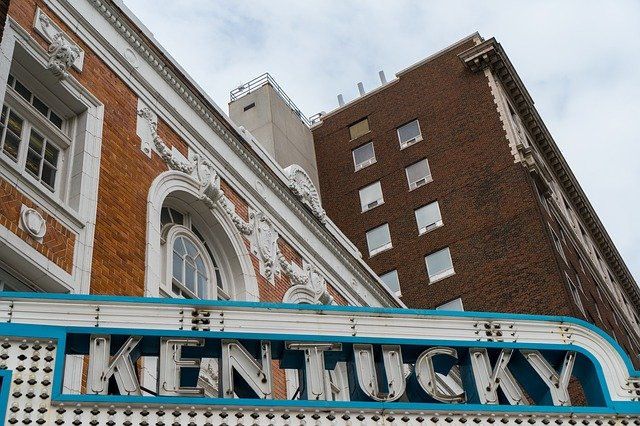 See buildings and Kentucky sign with interstate movers Kentucky