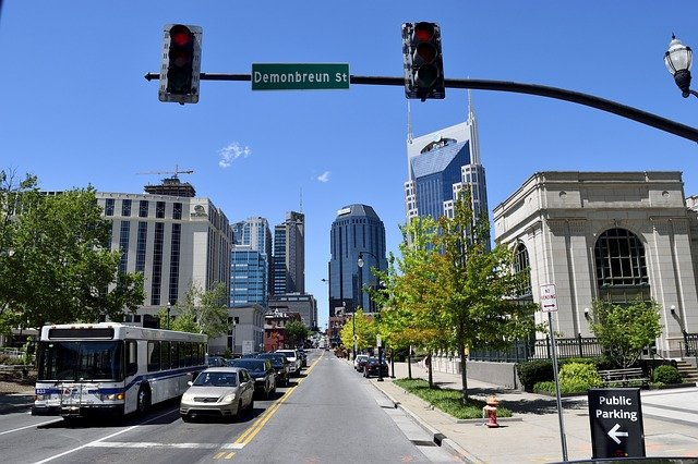 Long distance movers Tennessee are moving your from Nashville, or any other city