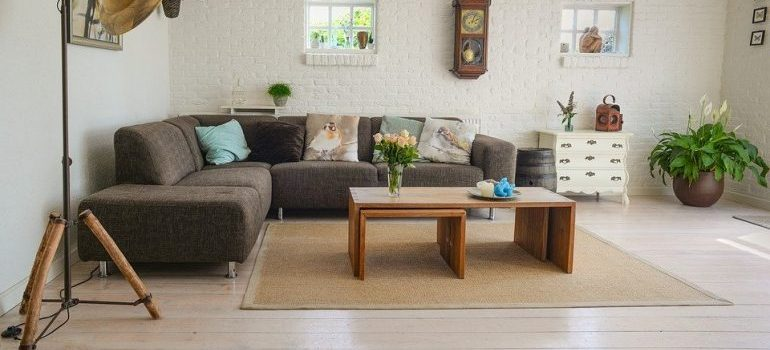 A living room for best cross country movers Washington to relocate.