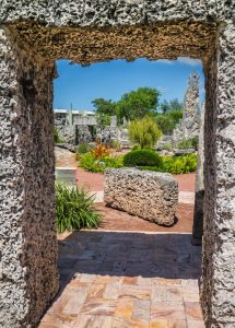 Stone gate in Florida. There isn't much to see in this state and that's one of the reasons people leave Florida.