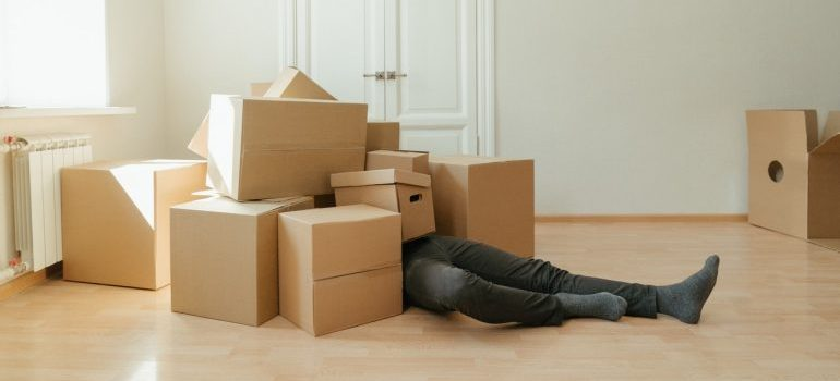 Save a lot of time on packing with the help of Texas long distance movers.