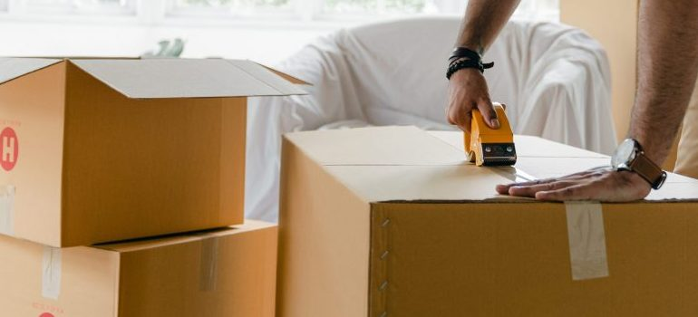All professional interstate movers Billings will provide moving boxes and packing supplies.