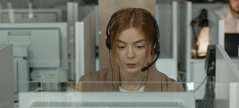 woman-with-a-headset-customer-support