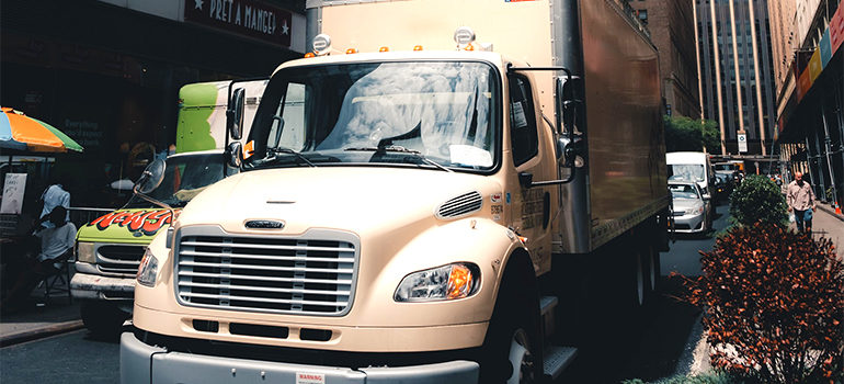 best cross country movers Mobile driving a moving truck