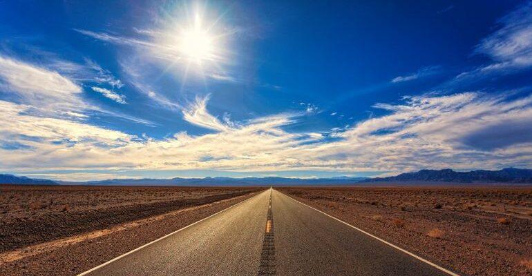 Image of a random highway.